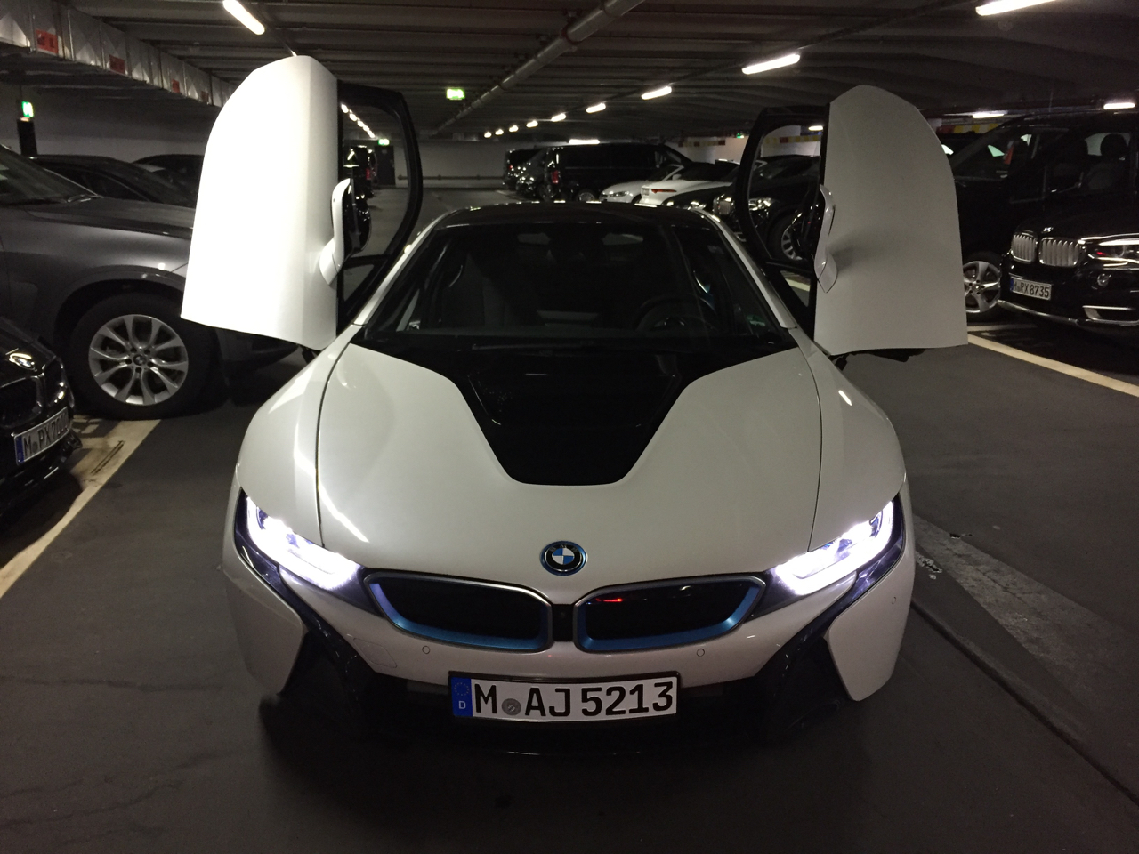 Sixt Rent a Car: BMW i8 – Palo Will Travel