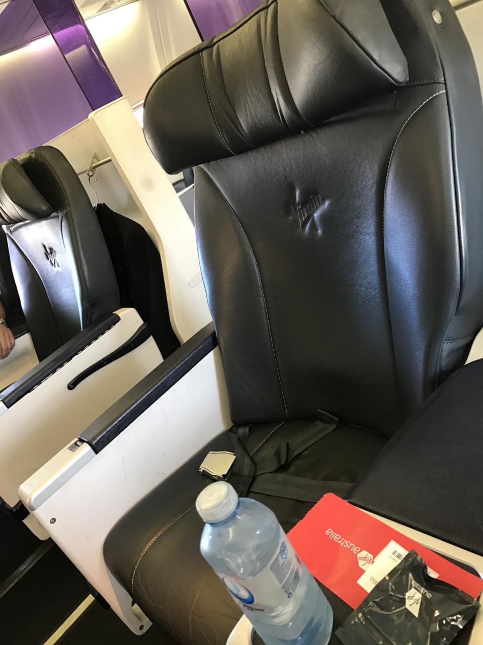 Virgin Australia Business Class Ool Syd B737 800 Palo