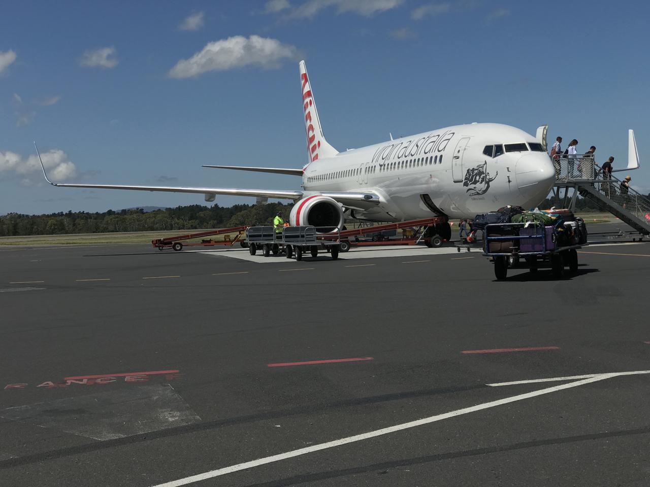 Virgin Australia Business Class: OOL-SYD B737-800 – Palo