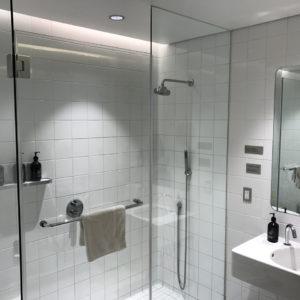 LAX Shower