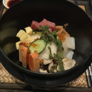 Chirashizushi bowl